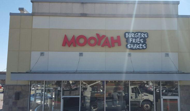 MOOYAH Austin Exterior