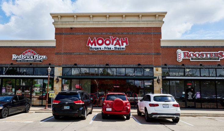 MOOYAH Colleyville Restaurant