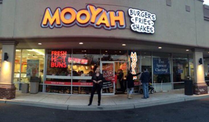 MOOYAH burgers Garwood exterior of restaurant