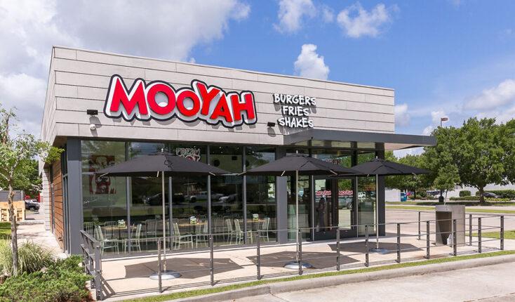 MOOYAH Houma Exterior Best Burger Restaurant