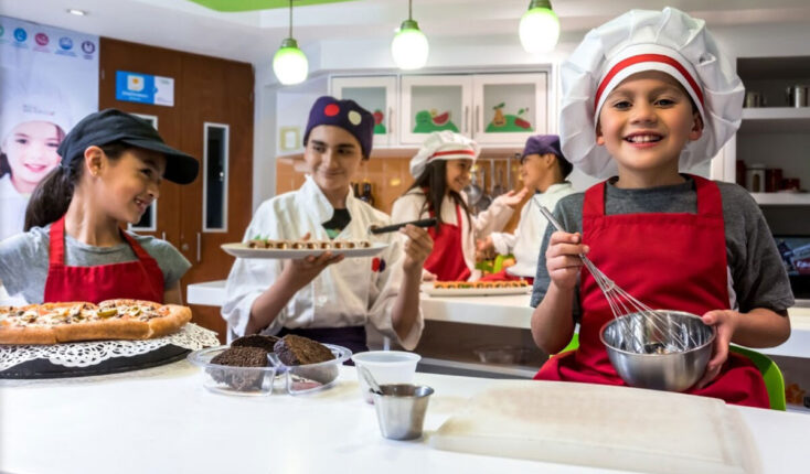 Mooyah Kid Zania Chef