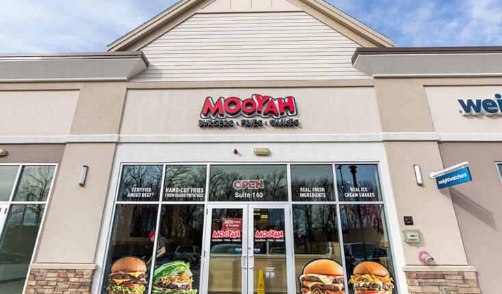 MOOYAH Mansfield Best Burger