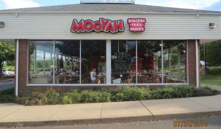MOOYAH burgers in Newington CT restaurant exterior