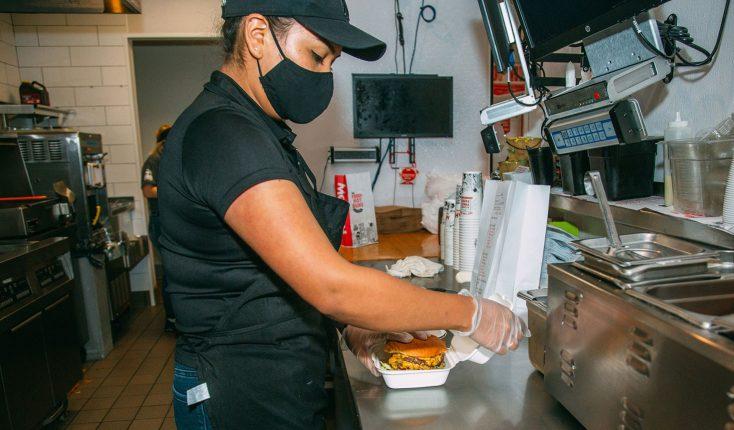 MOOYAH Ridiculicious Burger Fitchburg