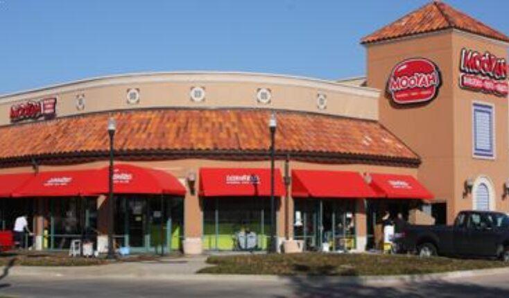 MOOYAH Richardson restaurants - best restaurants in Richardson TX - restaurants Richardson TX